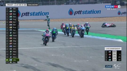 Fabio Di Giannantonio vence o GP da Tailândia de Moto3