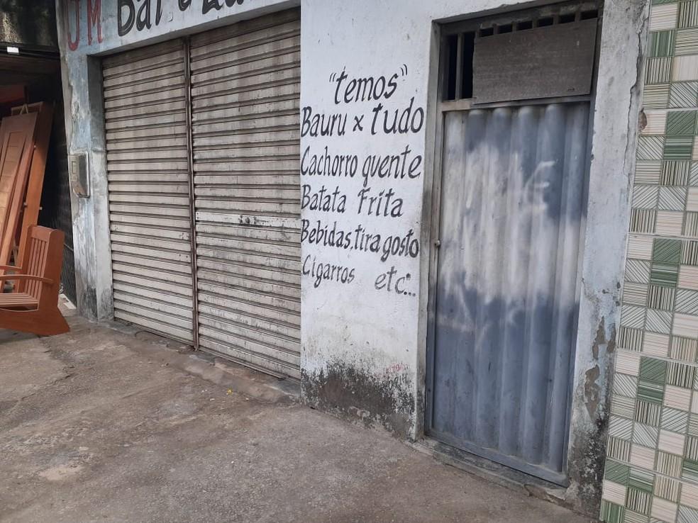 Quatro pessoas morreram e uma ficou ferida em chacina na Zona Norte de Natal — Foto: Kleber Teixeira/Inter TV Cabugi