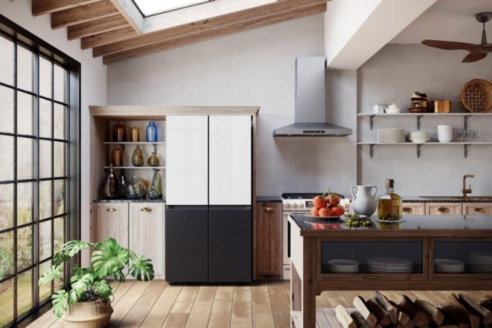 A nova geladeira Samsung Bespoke 4-Door Flex pode ser personalizada pelo usuário — Foto: Divulgação