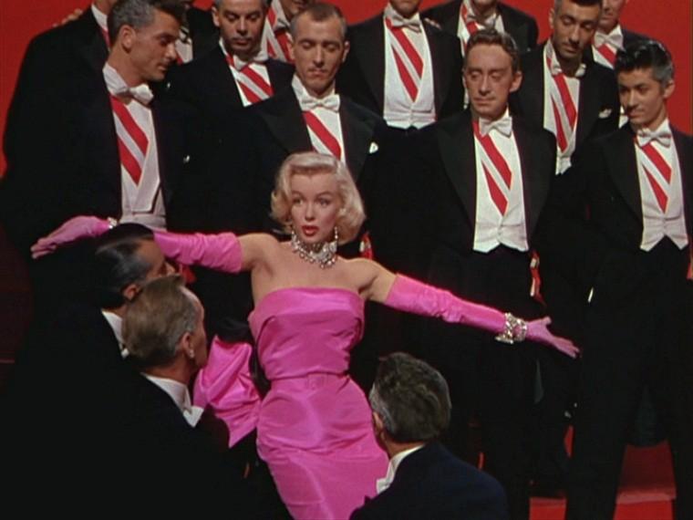 Marilyn Monroe em cena de Os Homens Preferem As Loiras (Foto: Reprodução/20th Century Fox)