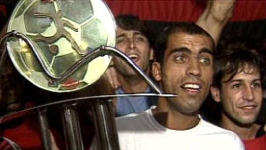 """Herói do Flamengo em 2004, Jean recorda título em cima do Vasco: """"Marcou a minha vida"""""""