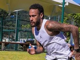 PSG deve voltar aos treinos no dia 22 com maratona pela frente (Divulgação)