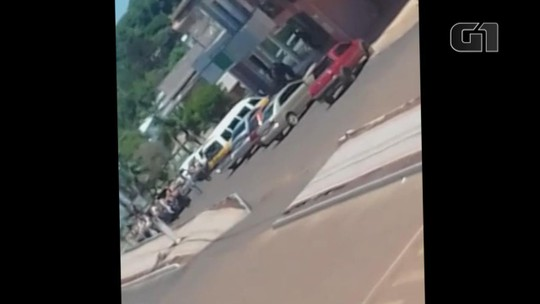 Assaltantes fazem cordão humano durante ataque a banco em Três Palmeiras