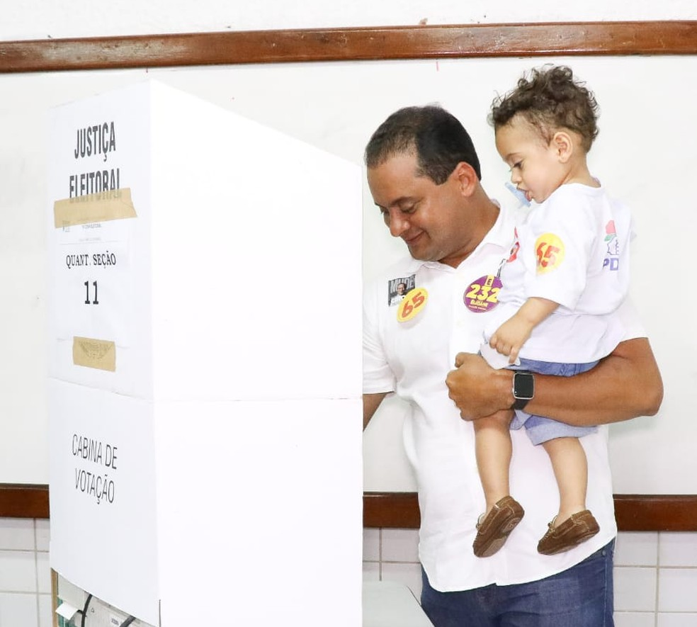 Weverton Rocha durante a votação no Maranhão — Foto: Divulgação/Biamã Prado