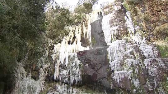Bom Jardim da Serra (SC) registra a menor temperatura do ano: - 9° C.