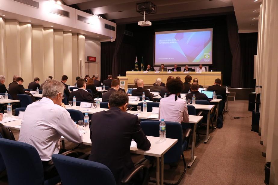Com alteração de última hora sobre participação de atletas, COB aprova novo estatuto