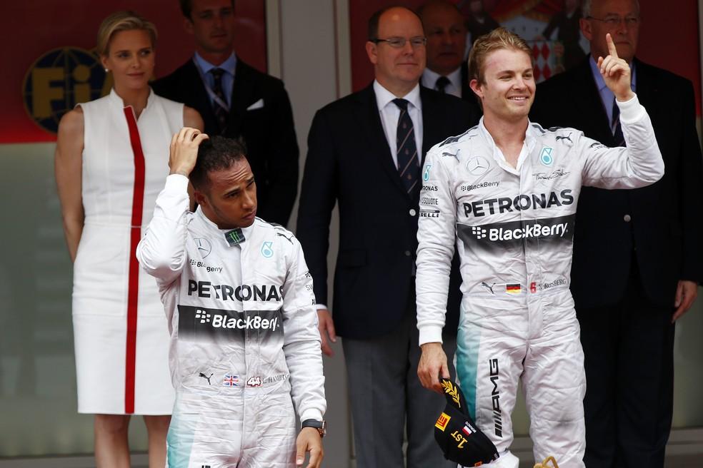 Rosberg e Hamilton no pódio em Monte Carlo, em 2014 — Foto: Getty Images