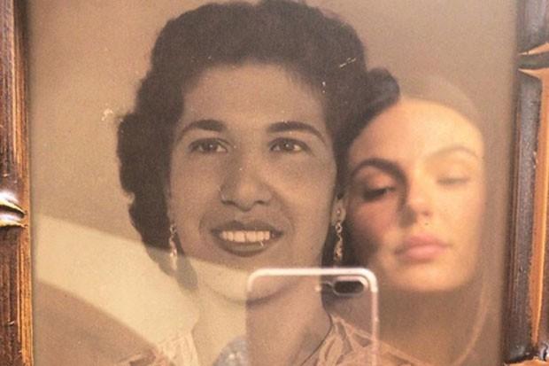 Isis Valverde e suma de suas avós (Foto: Reprodução Instagram)
