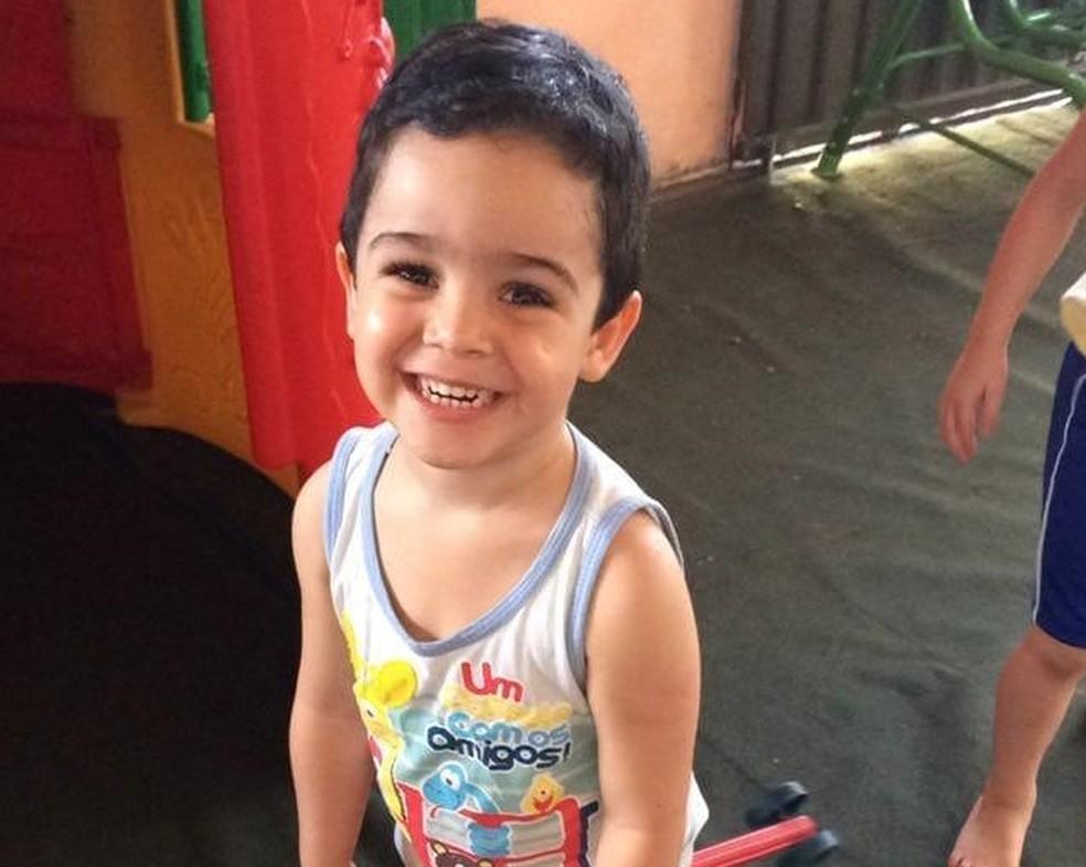 Emanuel tinha dois anos quando morreu após um incidente no hotelzinho — Foto: Andreia Santos/Arquivo Pessoal