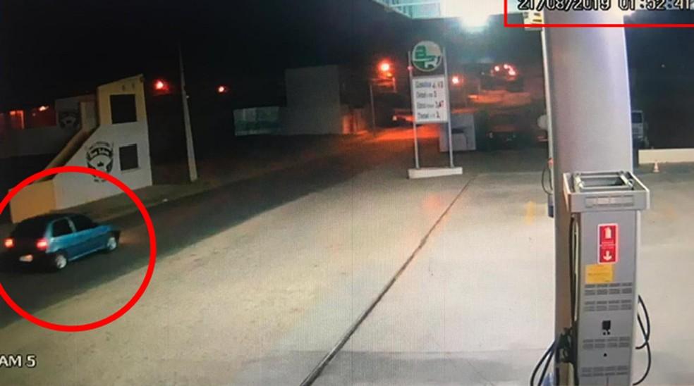Imagens de câmeras de segurança mostram veículo utilizado na ação — Foto: Polícia Civil/Divulgação