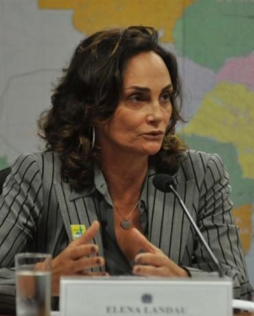 Elena Landau