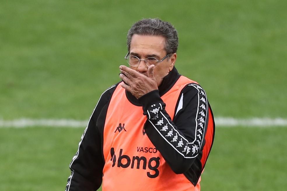 Vanderlei Luxemburgo após 0 a 0 entre Corinthians e Vasco — Foto: ALEX SILVA/ESTADÃO CONTEÚDO