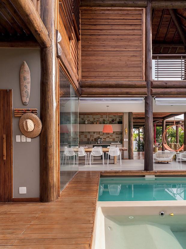 Lifestyle decor - Área externa com fechamento de vidro (Foto: Victor Affaro)
