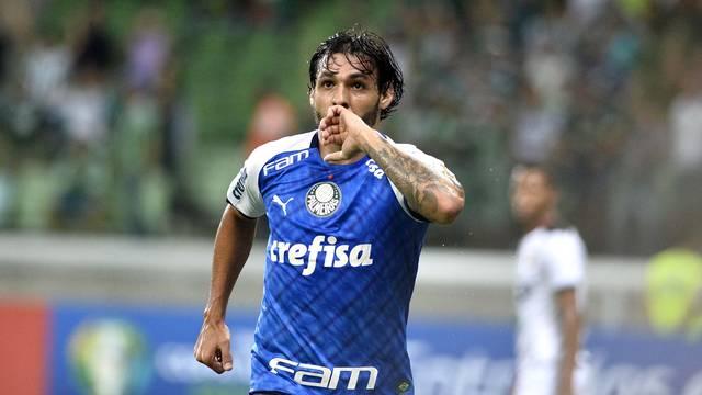 Goulart marcou o segundo gol do Palmeiras contra o Melgar