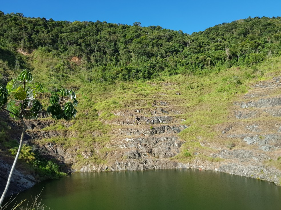 Além das duas barragens também há uma represa no local — Foto: Humberto Trajano/G1