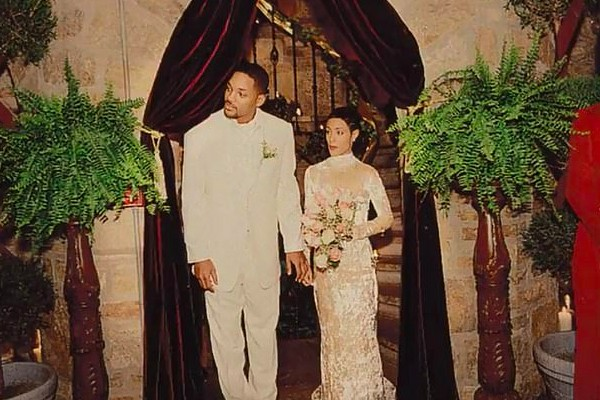 Um registro do casamento de Will Smith e Jada Pinkett Smith em 1997 (Foto: Facebook)