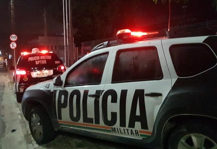 Polícia prende três suspeitos de roubar bicicletas após perseguição em Fortaleza
