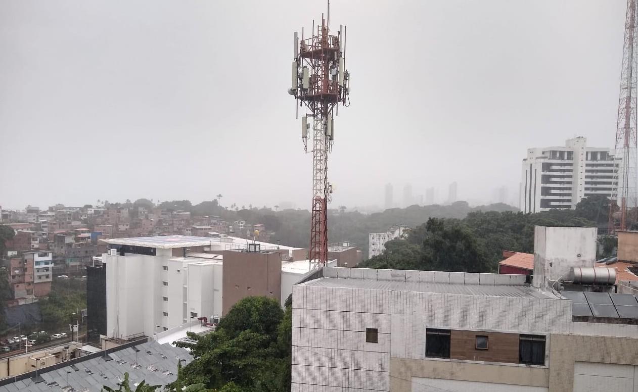 Salvador terá sexta-feira de céu nublado com pancadas de chuva; veja previsão