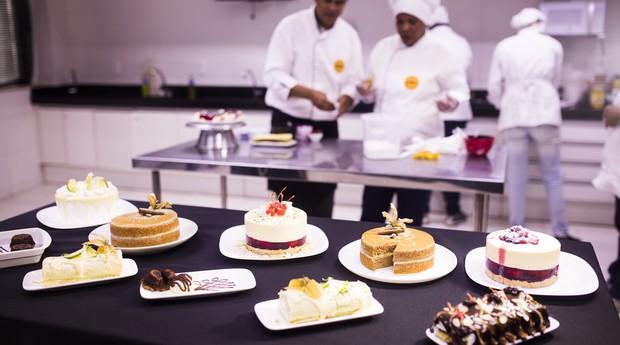 Atualmente, o Instituto Goumert oferece cerca de 8 cursos diferentes nas áreas de confeitaria e culinária quente. (Foto: Fábio Seixo )