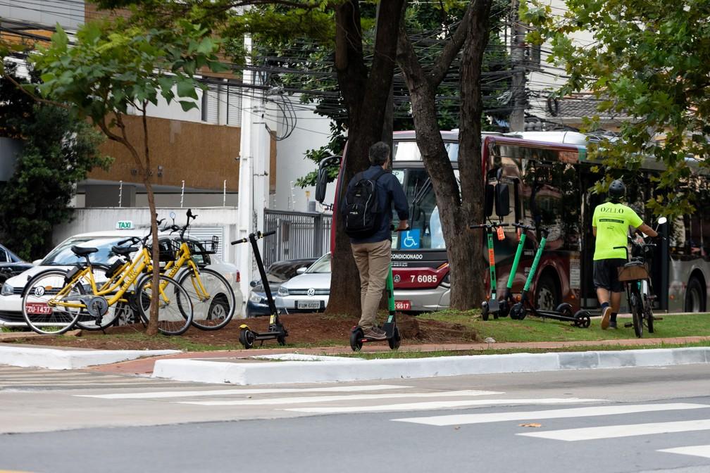 Cidade de São Paulo conta com diferentes modais de mobilidade. — Foto: Marcelo Brandt/G1