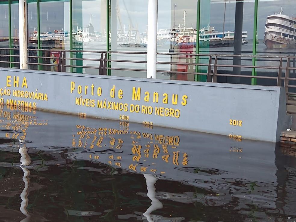 Nível do Rio Negro se aproxima da cheia histórica em Manaus — Foto: Paulo Frazão/Rede Amazônica
