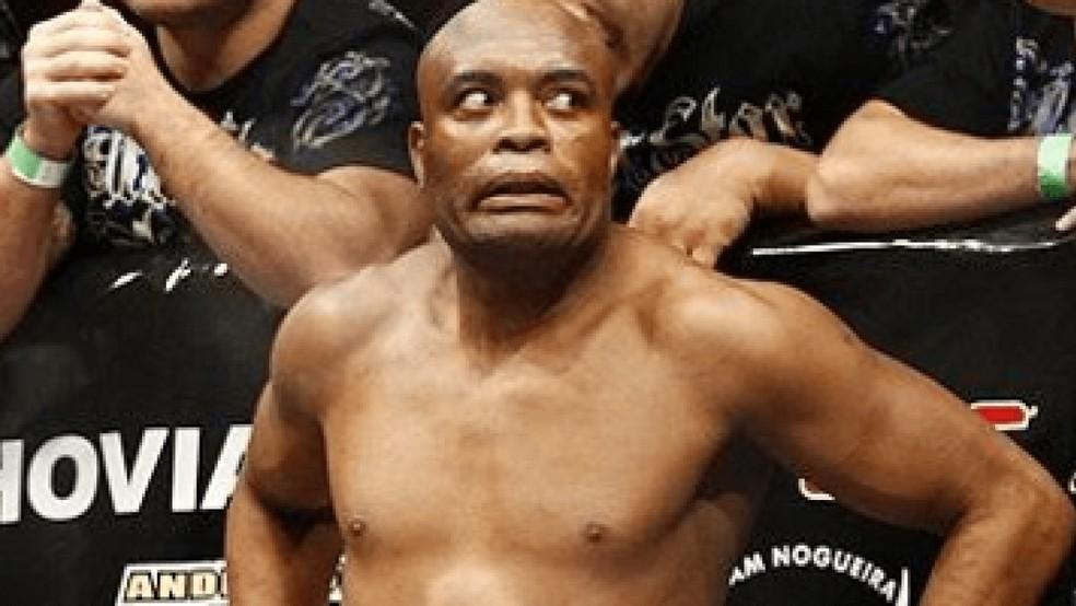 A careta feita por Anderson Silva ao ser vaiado antes de enfrentar Griffin rodou o mundo — Foto: Reprodução
