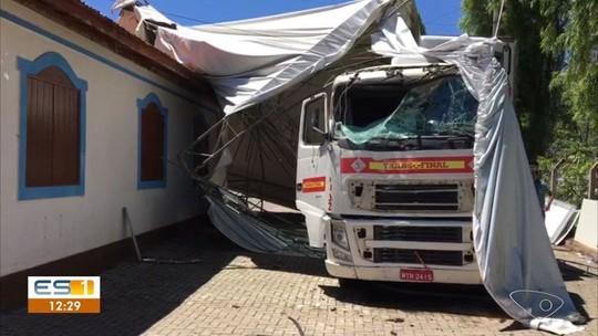 Assaltante rouba carreta e morre durante perseguição da PM em Venda Nova do Imigrante, ES