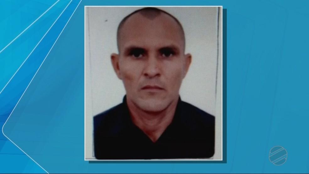 José Cícero, de 38 anos, foi identificado pelas digitais (Foto: TVCA/ Reprodução)