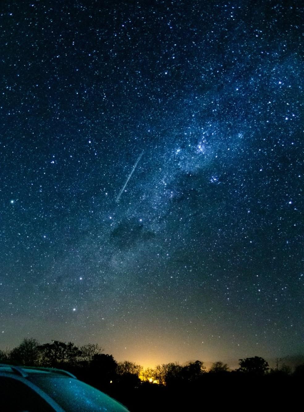 A chuva de meteoros é resultado dos rastros deixados pelo cometa Halley quando passou pela Terra. — Foto: Arquivo pessoal/Nivardo Melo