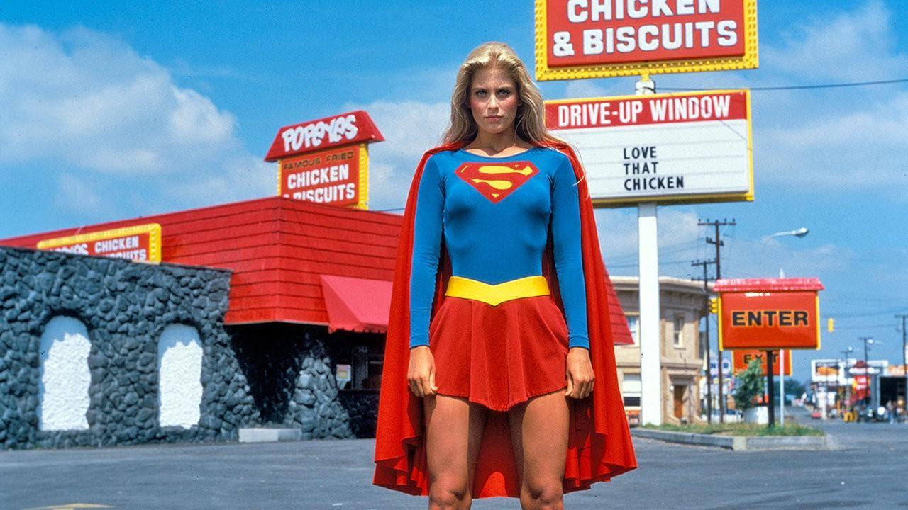 Helen Slater como a personagem Supergirl em filme de mesmo nome (Foto: Divulgação)