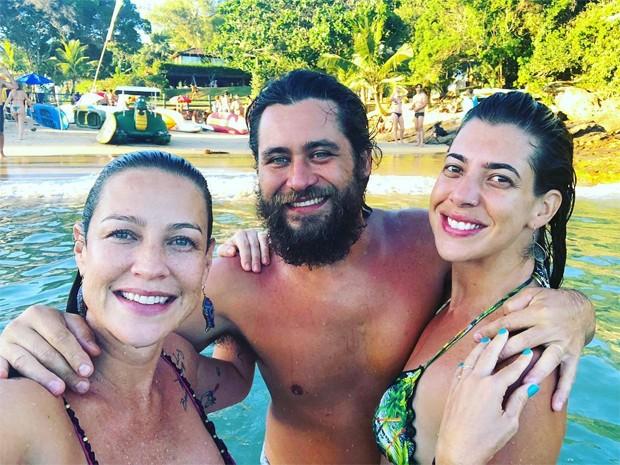 Luana Piovani e amigos (Foto: Reprodução/Instagram)