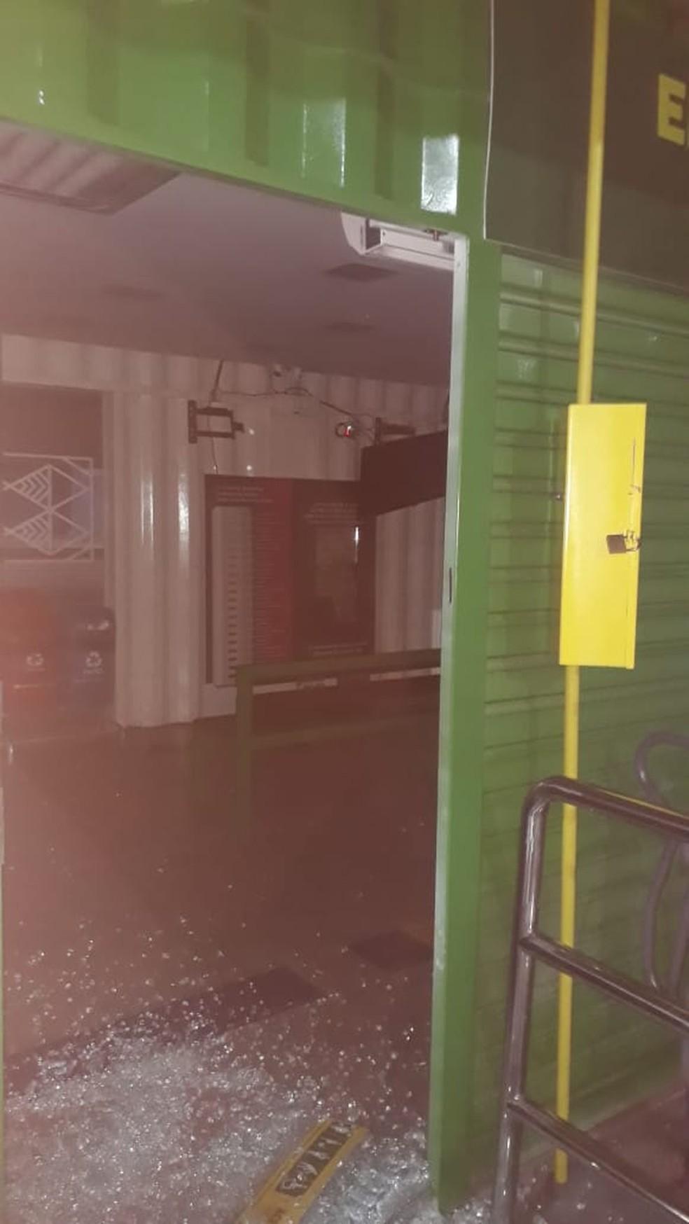 Estação Bispo Dom José foi alvo de assaltantes em Cuiabá — Foto: Arquivo pessoal