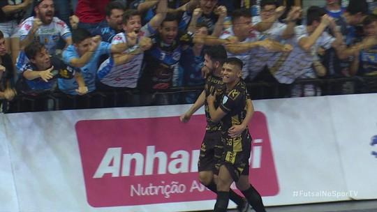 Os gols de Pato Futsal 3 x 0 Carlos Barbosa pela Liga Nacional de futsal