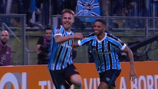 Gol do Grêmio: Luan levanta na área, Bressan desvia de cabeça e marca