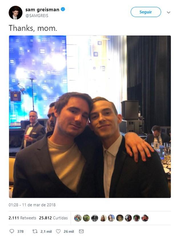 Sam Greisman, filho de Sally Field, conhece Adam Rippon (Foto: Reprodução/Twitter)