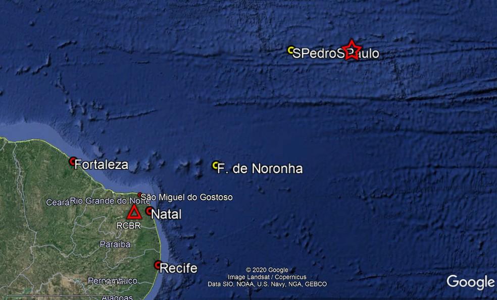Terremoto de 6.9 de magnitude é registrado no arquipélago São Pedro e São Paulo — Foto: Reprodução Labsis/Google