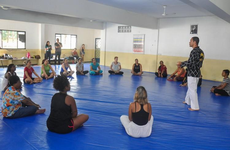 Inscrições para curso gratuito de defesa pessoal para mulheres estão abertas em Campos, no RJ - Notícias - Plantão Diário