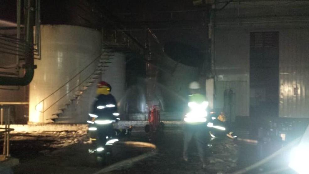 Funcionário da usina ficou ferido após explosão em tanque com etanol (Foto: Arquivo Pessoal)