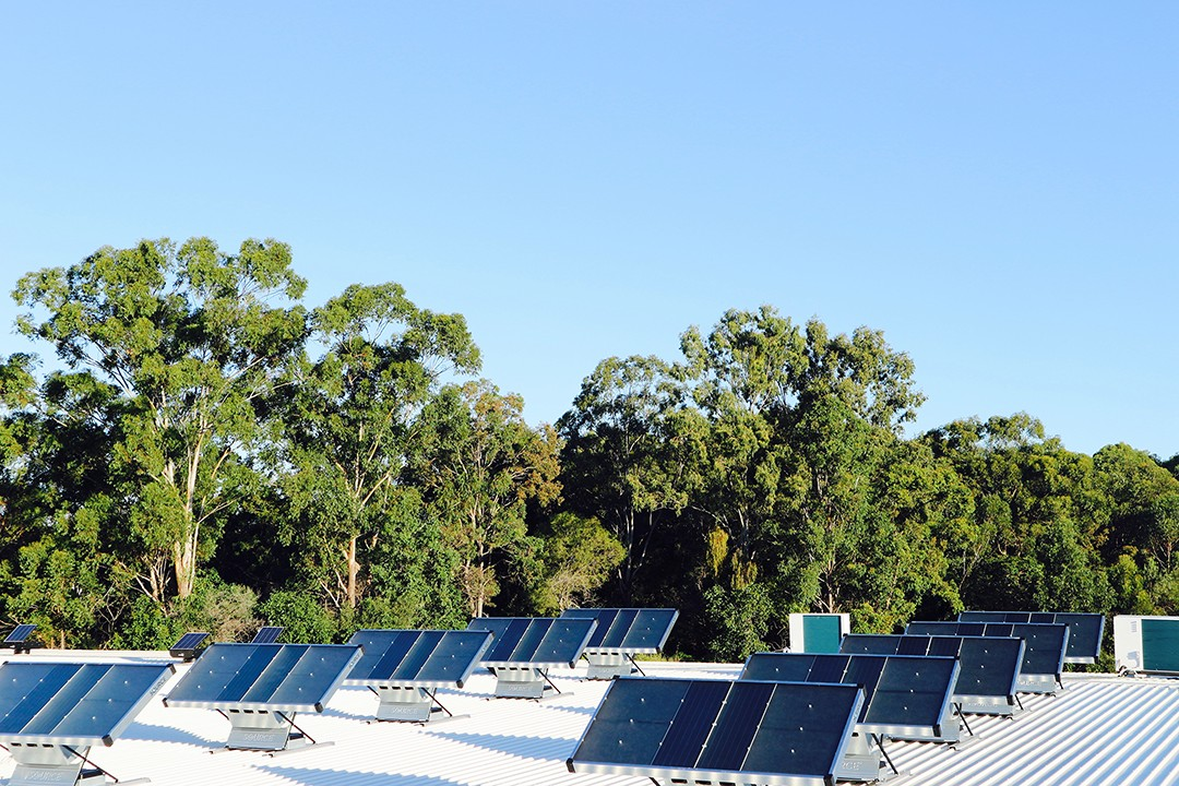 Painéis solares Zero Mass Water (Foto: Divulgação)
