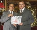 George Clooney grava  com Huge Bonneville | Reprodução