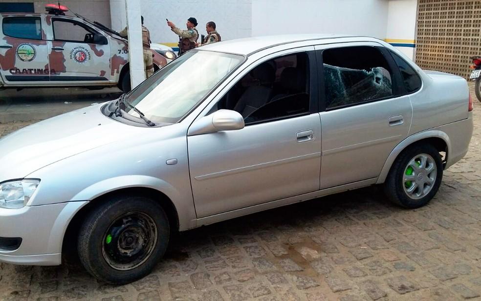 Veículo que estava com grupo foi apreendido (Foto: Divulgação/SSP-BA)