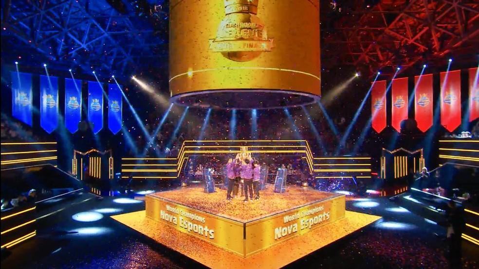 Clash Royale League Finals: Keyd perde para Nova e é vice-campeã