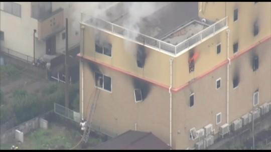 Homem ateia fogo em estúdio de animação em Kyoto