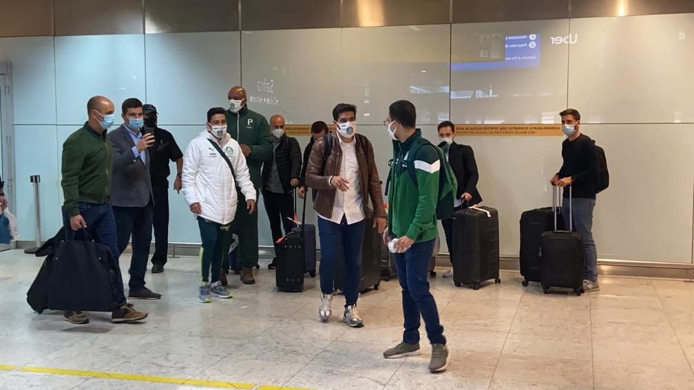 Abel Ferreira chega a São Paulo, acompanhado da sua comissão técnica — Foto: Fabricio Crepaldi