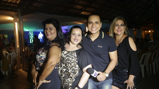 Menilson Filho mostra que manda bem na dança de salão