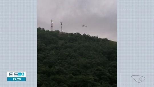 Casal é resgatado após ficar preso a árvore ao saltar de parapente no Morro do Moreno