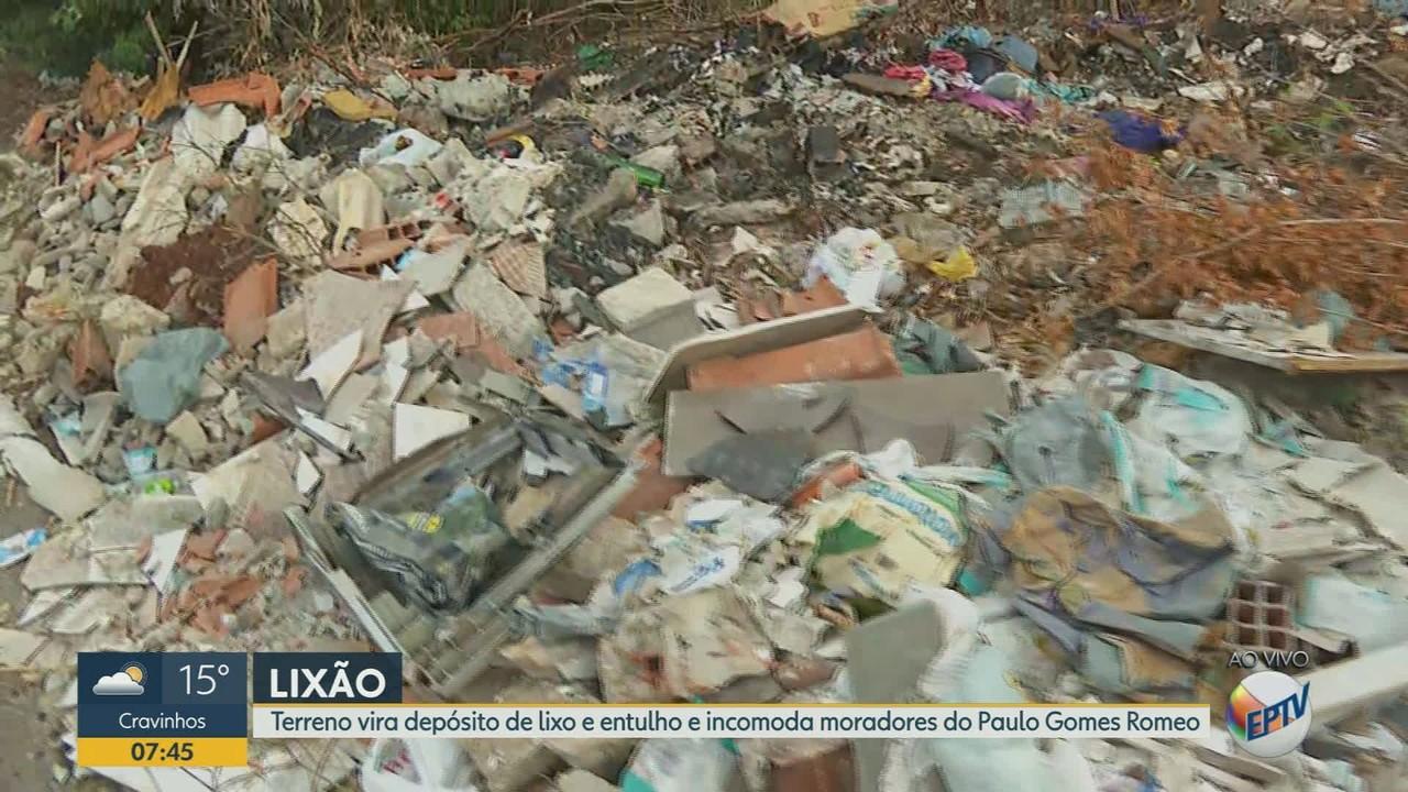 Terreno vira depósito de lixo em Ribeirão Preto, SP