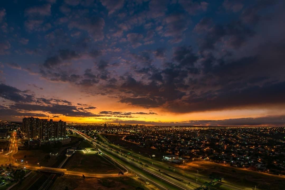 FOTOS: moradores de Brasília compartilham cliques do céu da capital