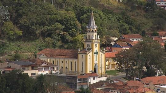 Terra de Minas comemora 17 anos com um passeio especial por Minas Gerais