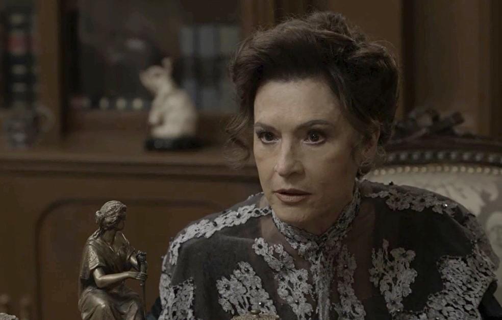 Lady Margareth será capaz de tudo para se vingar de Darcy e Elisabeta (Foto: TV Globo)